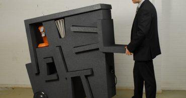 若き起業家のための、パズルのようなデスクセット「kruikantoor」