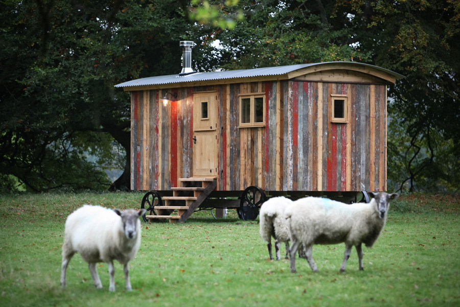 小さな貸し別荘で、シンプルという贅沢を。「Tiny Shepherd's Hut」