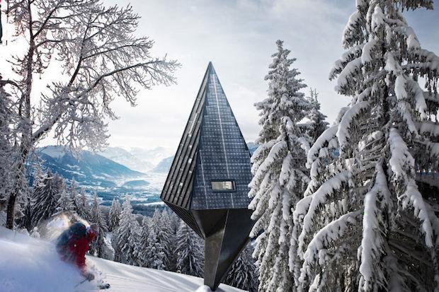 Single-Pole-House-Konrad-Wojcik-2