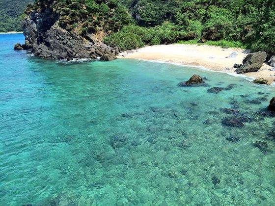 この海のように、美しくやさしい人々がいる集落です。