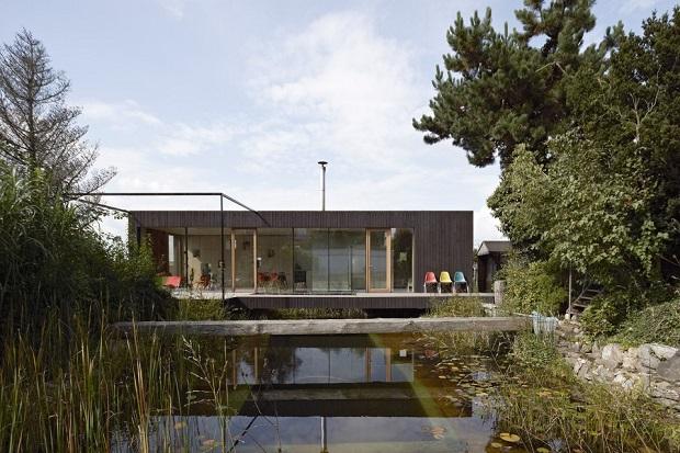 pondhouse01