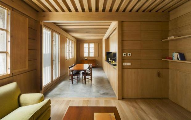 小さな家は大きな家具とも言える。スペイン・ガリシアの小さな家「Aguirre House」
