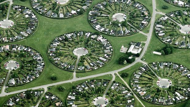 コペンハーゲンの近くにある町のコロニヘーヴ。面白い形!