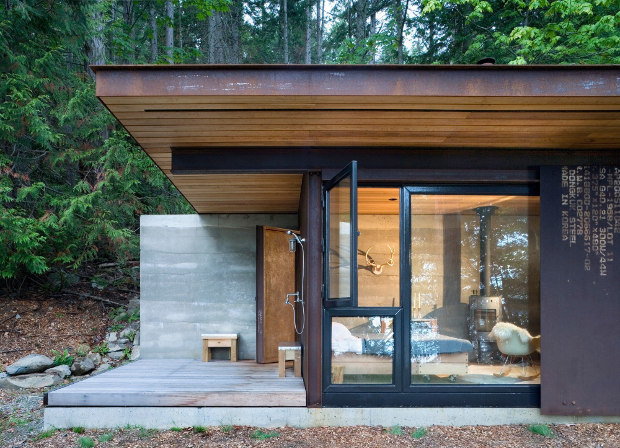 gulf-islands-cabin-tub03