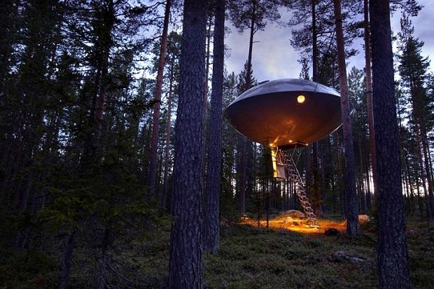 UFO-Treehotel-1