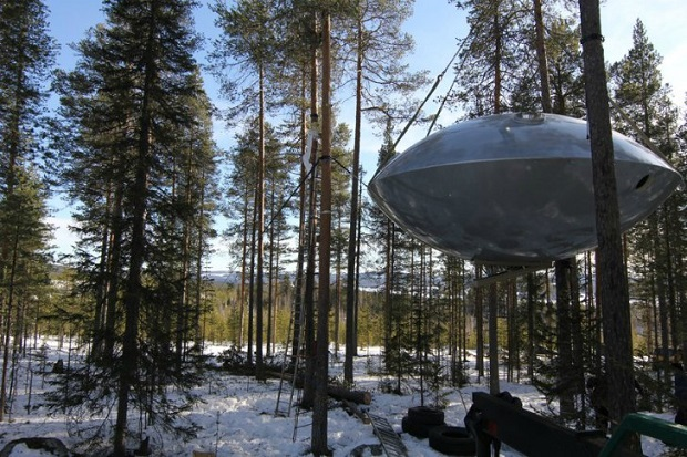 UFO-Treehotel-2