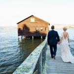 結婚式もD.I.Yの時代?披露宴は築100年のボートハウスで「The DIY Wedding」