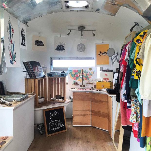 small-room-collective-tub05