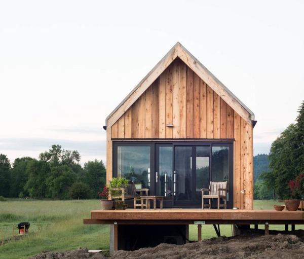 6000坪のオーガニック農場に建つ小さな家「Island Farm Retreat」