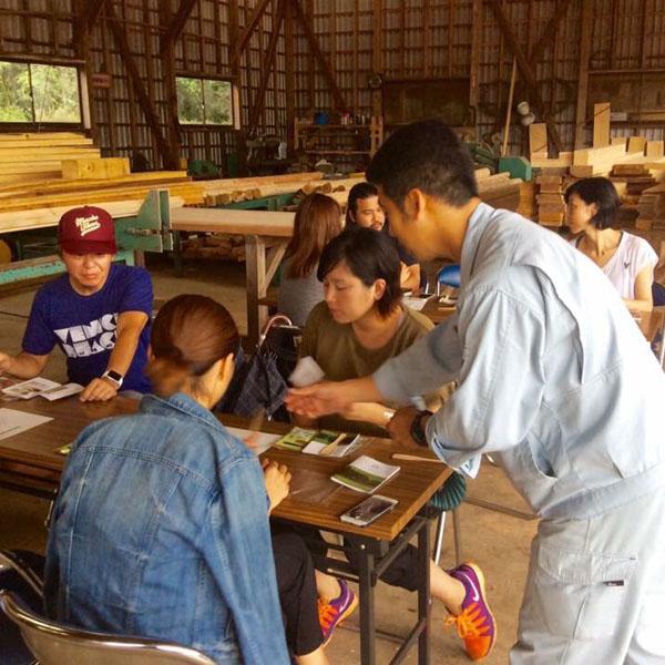 体験型プレスツアー、ということで福江島の特産である椿でバターナイフを作る体験なども。島暮らしのPRを目的としていたためスポーツ、ライフスタイルメディアの方々等に参加いただきました。