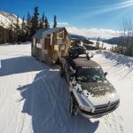オトナの雪遊びは伊達じゃない。雪を求めて旅するモバイルハウス「Mobile 241」