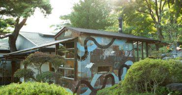 第3回:経年変化したトタンに覆われた、石釜パン職人の小さな工房「Santeria」|フリーランスエディターのDIY的八ヶ岳暮らし