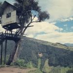標高2545メートル! 怖いもの知らずのあなたのための、ツリーハウスとブランコ「La Casa del Árbol」
