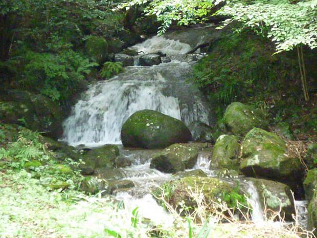 cascade-tub01