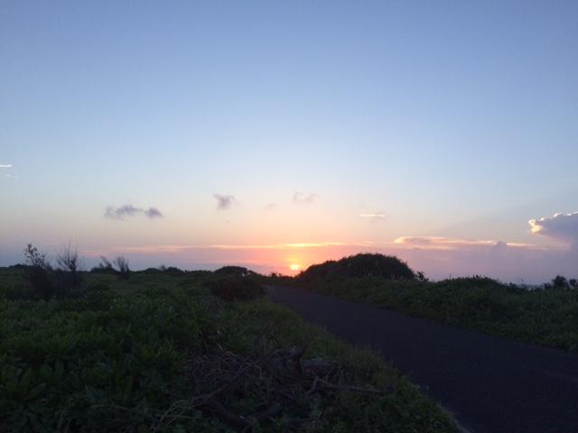 喜界島に初めて訪れたときに見た夕陽。