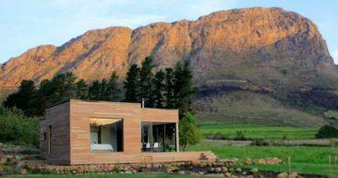 大自然の中で映える変化自在なユニット住宅「The Ecomo Home/Pietro Russo」
