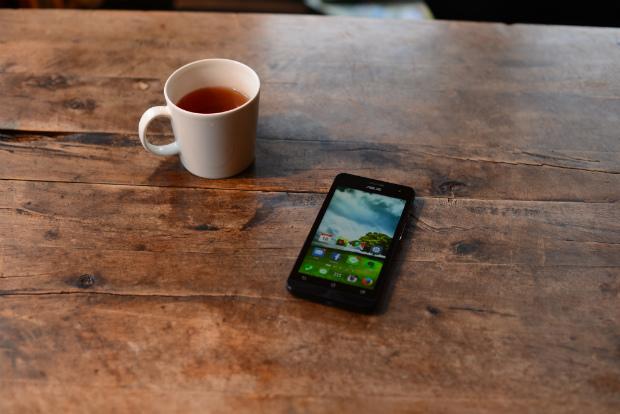 iPhoneをやめて、海外製のスマホに。もちろん、SIMフリーです