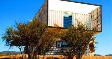 約80%が再利用品!見た目にも美しいコンテナハウス「Infiniski's sustainable house」