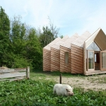 大きさも形も自由自在!webサイトで自分好みのタイニーハウスを作る「Hermit house」