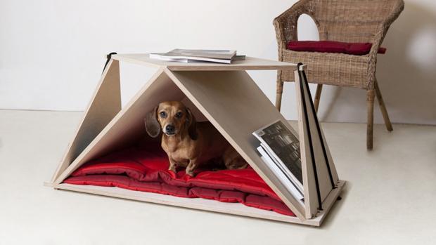 犬小屋をインテリアにしよう。テーブルと一体になった犬小屋「Nidin」