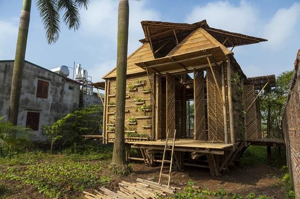 洪水時には浮いちゃう竹の家「Blooming bamboo home」