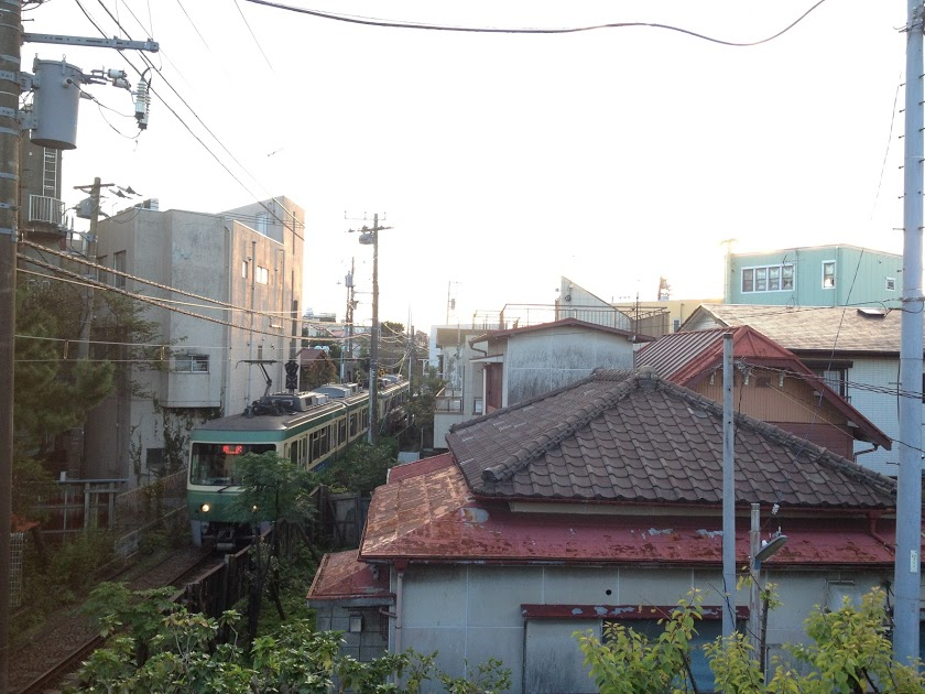 2010年には以前住んでいた東京・駒込の町並みに似た鎌倉へプチ移住した