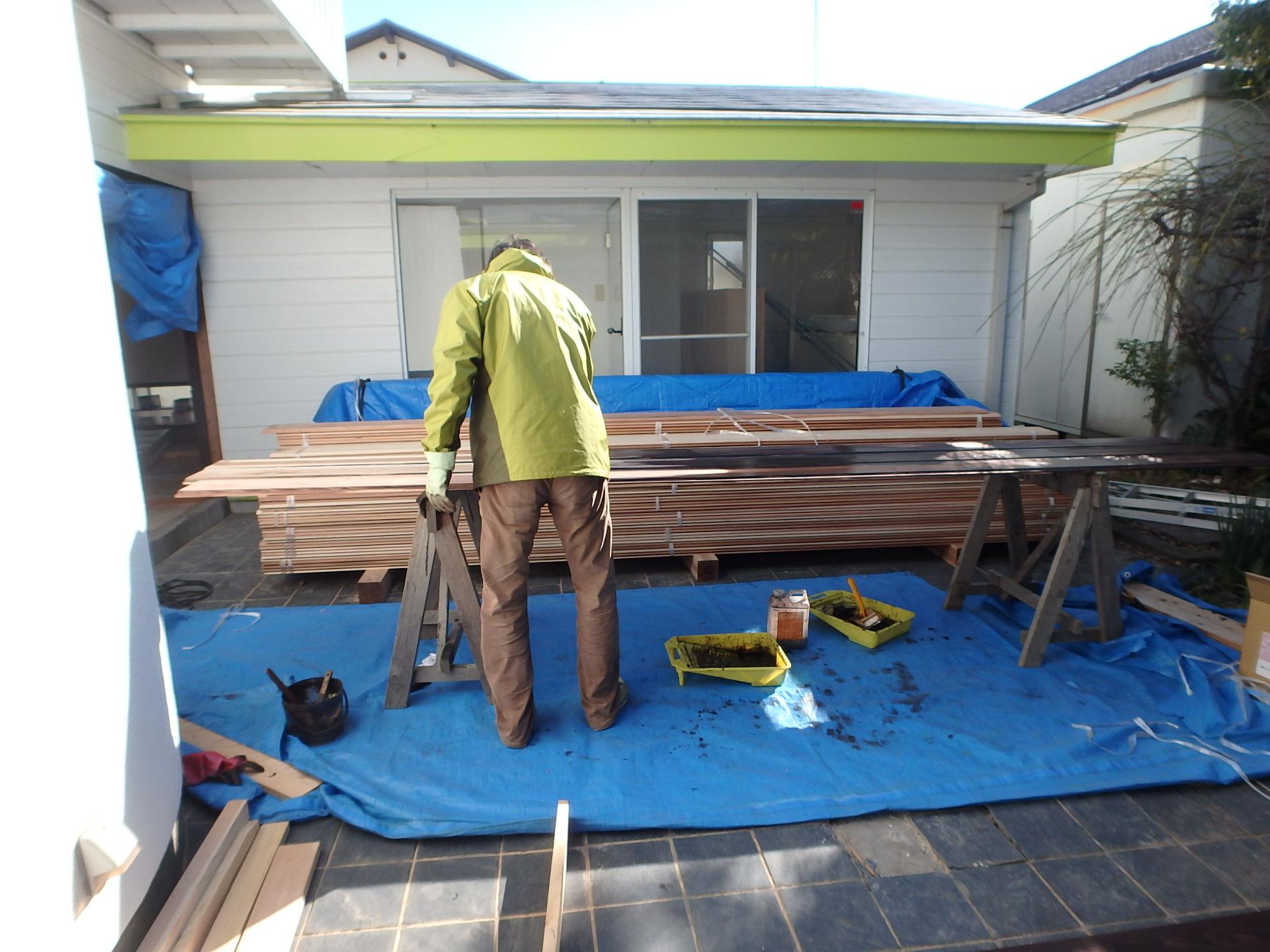 鎌倉の自宅は壁塗りなど小川さん自身がDIYして仕上げた