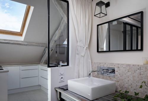 春はパリの屋根裏部屋で!フランス発センス抜群のタイニーハウス