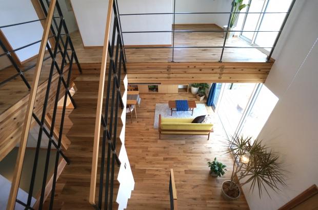 須藤さんが手掛けた家は、高機密、高断熱の快適さと開放的な間取りを両立している。