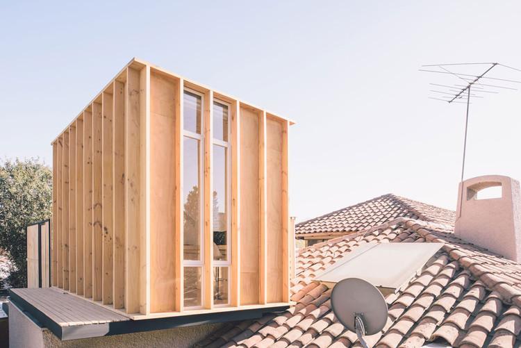 アイデアあふれる落書き部屋を屋根の上に「Workshop in the City」