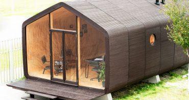 実は段ボール製。組み立て式の家「Wikklehouse」