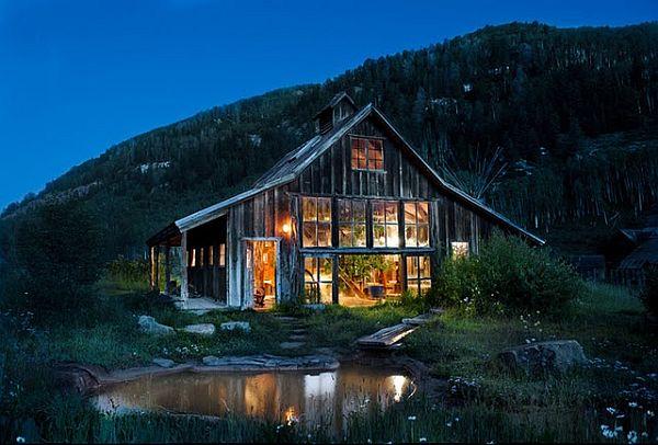 アメリカの原風景と温泉が贅沢に融合「Dunton Hot Spring Resort」