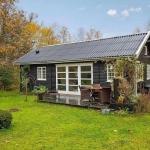 まさにこれ!サイズ感が絶妙なデンマークの「BLACK AND WHITE DANISH SUMMERHOUSE」