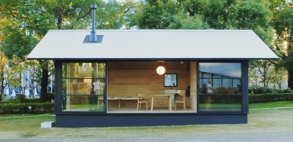 ビジネス街の中心にこんな小屋はいかが?「木の小屋 in Design Touch 2015」