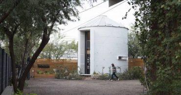 たった5.3坪、穀物用倉庫を改造した狭小ハウスの中身とは?「Grain Silo Tiny Home」