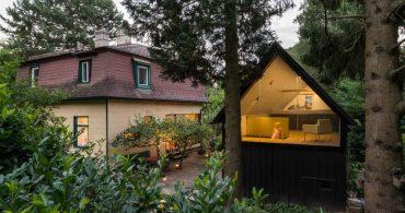 伝統的な離れ家にアイデアをプラス。自然との境目を感じないウィーンの小屋