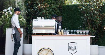 結婚式に本格的なコーヒーを。スタイリッシュなポップアップコーヒーショップ