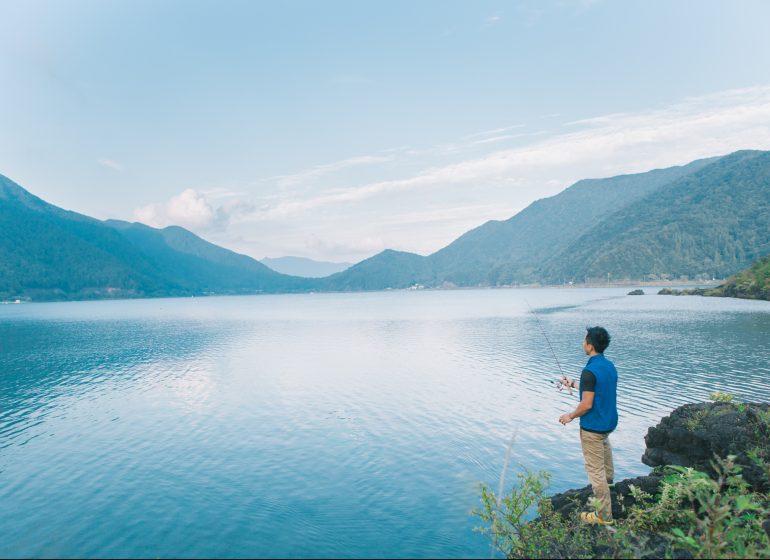 富士山の麓で、日本仕様のキャンピングトレーラーに宿泊。『PICA富士西湖』