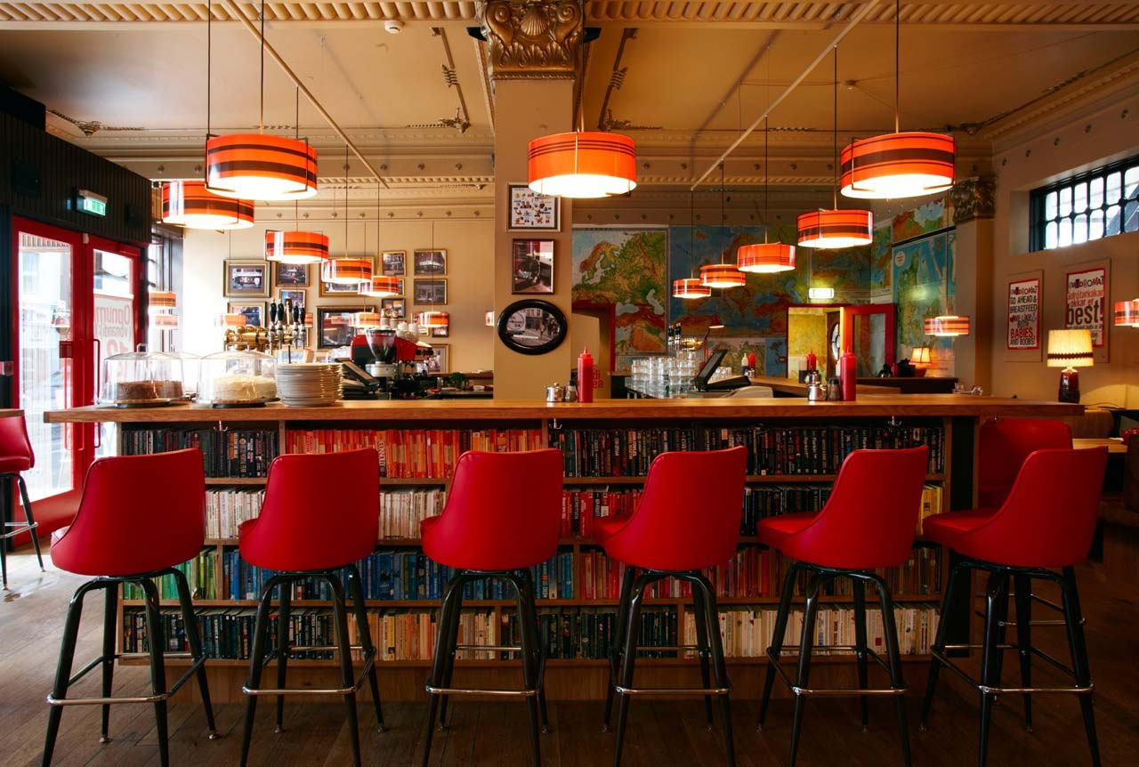 カフェ+?=が素敵すぎる!アイスランドの一石二鳥でヒップな「The Laundromat Cafe」