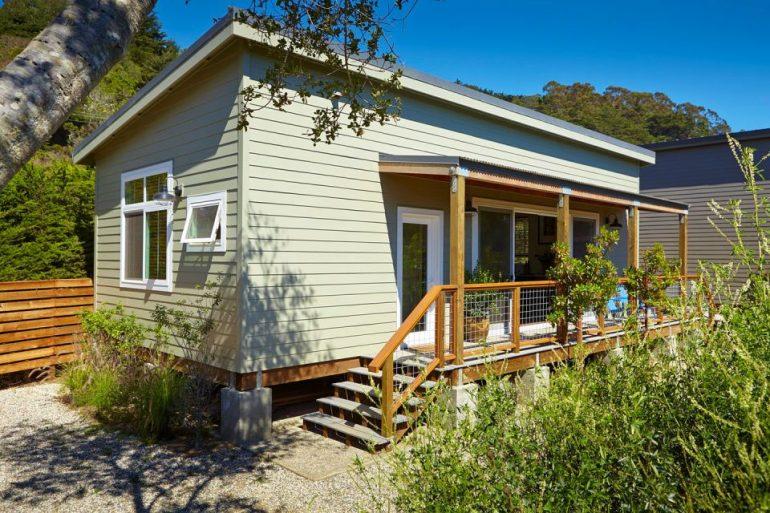 シンプル・イズ・ベスト!コストを抑えて建てたカリフォルニアのビーチハウス