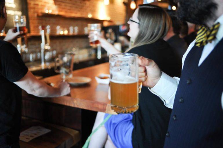 ビール代が誰かの役に立つ!世界初の非営利パブ「The Oregon Public House」