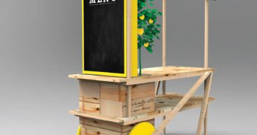 デザインと食の供宴。アップサイクルなモバイルフードカートが集まる「The Stop's Night Market」