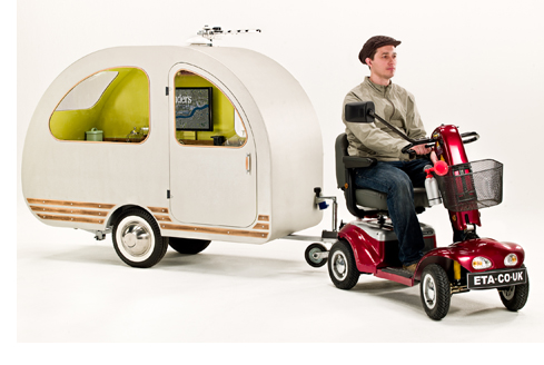 モビリティスクーターで小旅行。世界最小のトレーラーQTvanで旅に出よう。