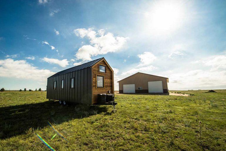 【トレーラーハウス】移動できる家に住みたいなら知っておきたい、シャーシサイズ別の特徴と使い方