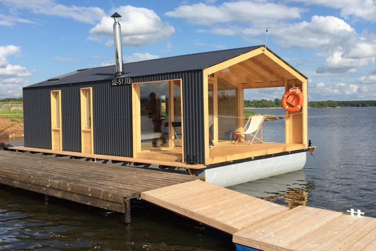 水に浮かぶユニット式の家。Dubldomのハウスボート