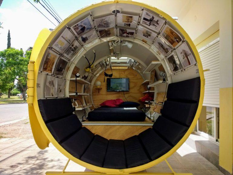 思い出と未来の建築アート。アルゼンチンの燃料タンクのシェルター