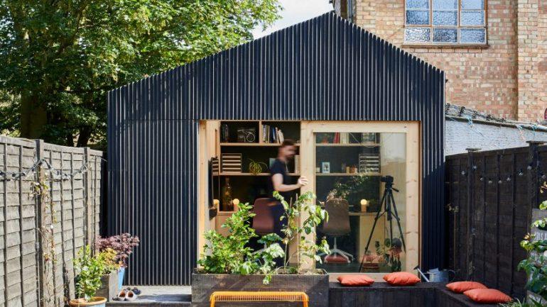 新しい働き方と暮らし方を自宅の庭に建てた建築事務所で実現!