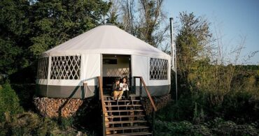 自分たちで建てた自然に囲まれた暮らしができる家