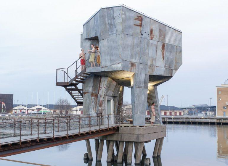 コミュニティの再開発とは?リサイクル素材でつくられたスウェーデンの公衆サウナ