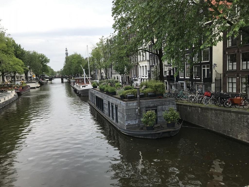 アムステルダムのハウスボート